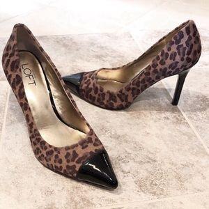 🆕 Ann Taylor LOFT animal fur leather heels 6.5